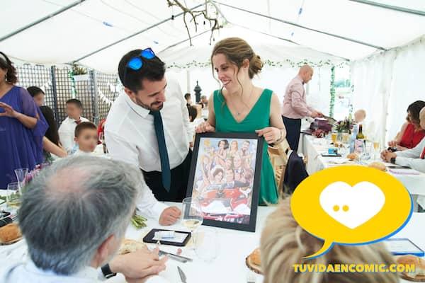 Regalo de boda personalizado - Ilustración personalizada - caricatura grupal - www.tuvidaencomic.com - regalos personalizados - regalos artísticos - TESTIMONIO CLIENTES SATISFECHOS 5